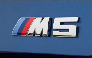 BMW M5 logo embleem achterklep origineel