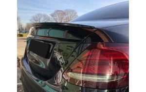 Mercedes E-klasse W213 AMG look achterklepspoiler gespoten